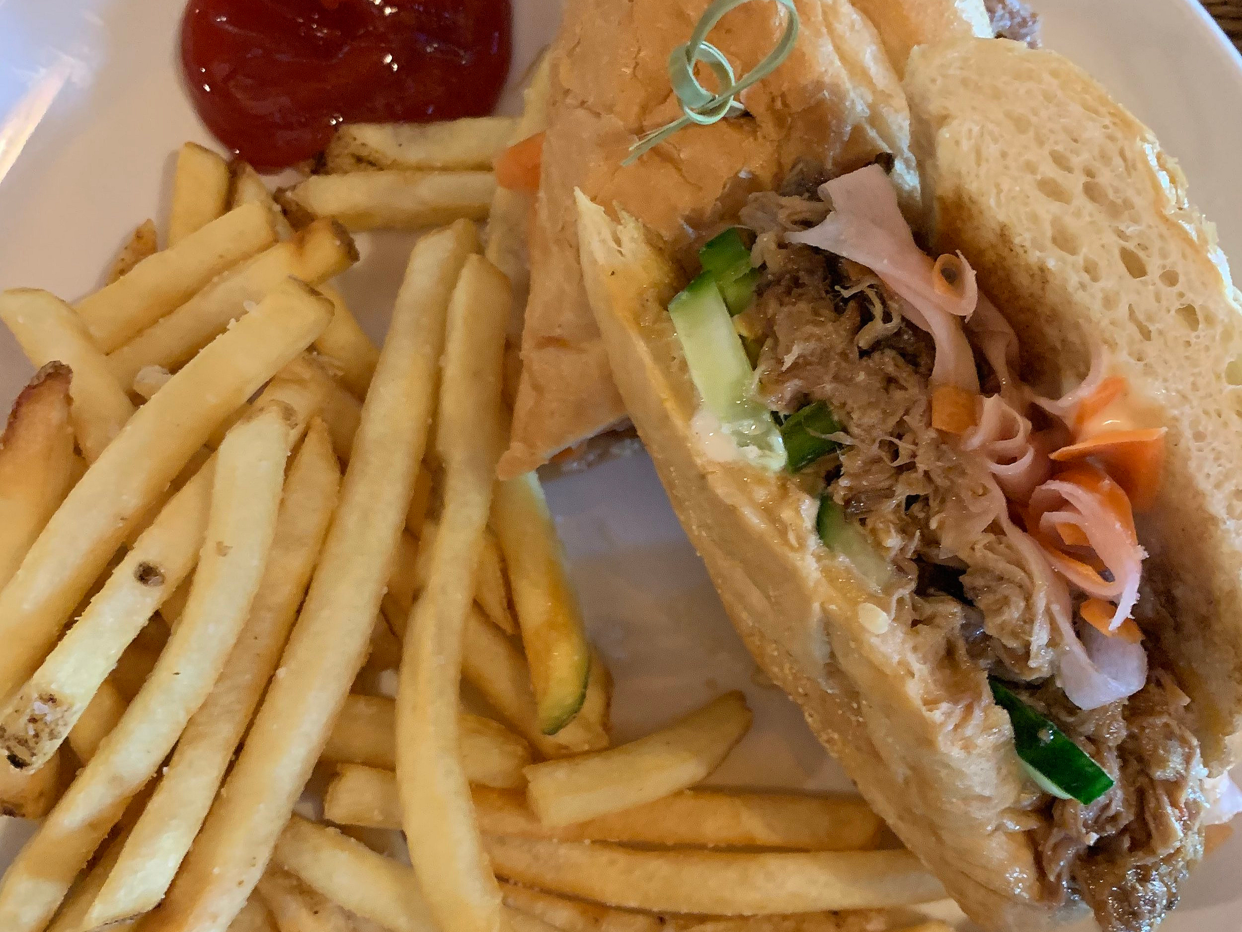 Spicy Bahn Mi sandwich with salty French fries
