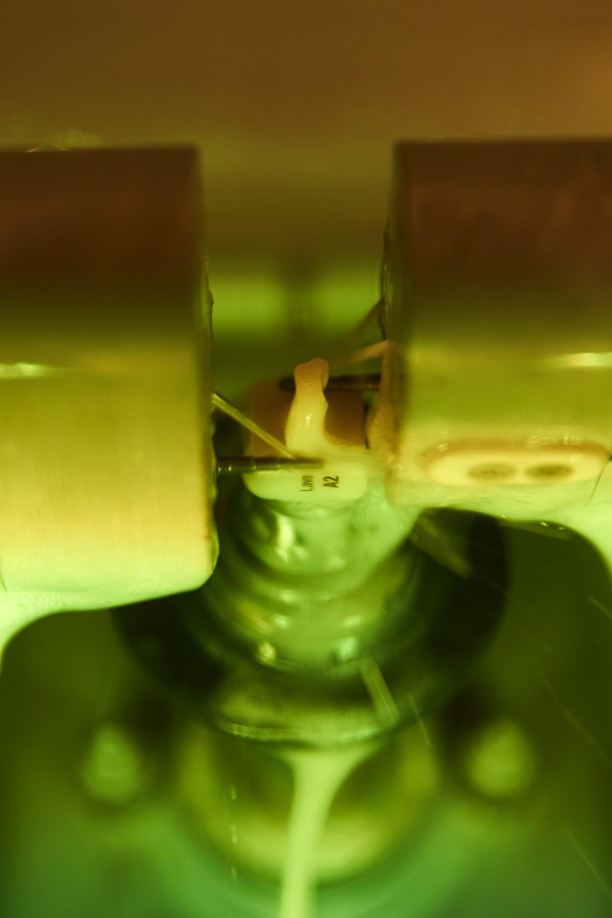 CEREC - → Präzise Computertechnik für gesunde Zähne→ Schont die gesunde Zahnsubstanz→ Kein Abdruck→ Nur ein Behandlungstermin (kein Provisorium, nur einmal Betäuben)→ Perfektes Aussehen→ Lange Lebensdauer→ Biokompatible Keramik, kein Metall
