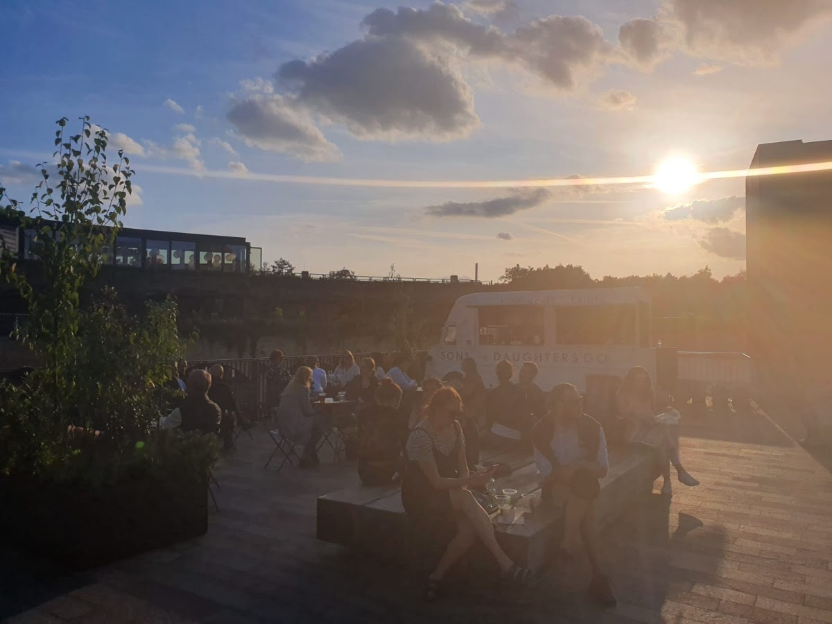 SONS + DAUGHTERS GO - Above the sandwich shop, on Granary Square, sits S+D Go, our trusty van, serving sandwiches and snacks, coffee, beer, wine and cocktails from midday to 10pm, Tuesday to Sunday.Scroll down to see our S+D GO menu.