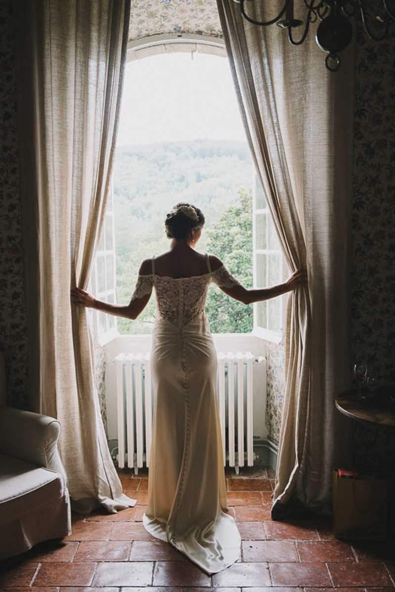 031-Destination-Weddings-France-Labbaye-Chateau-DeCamon.jpg