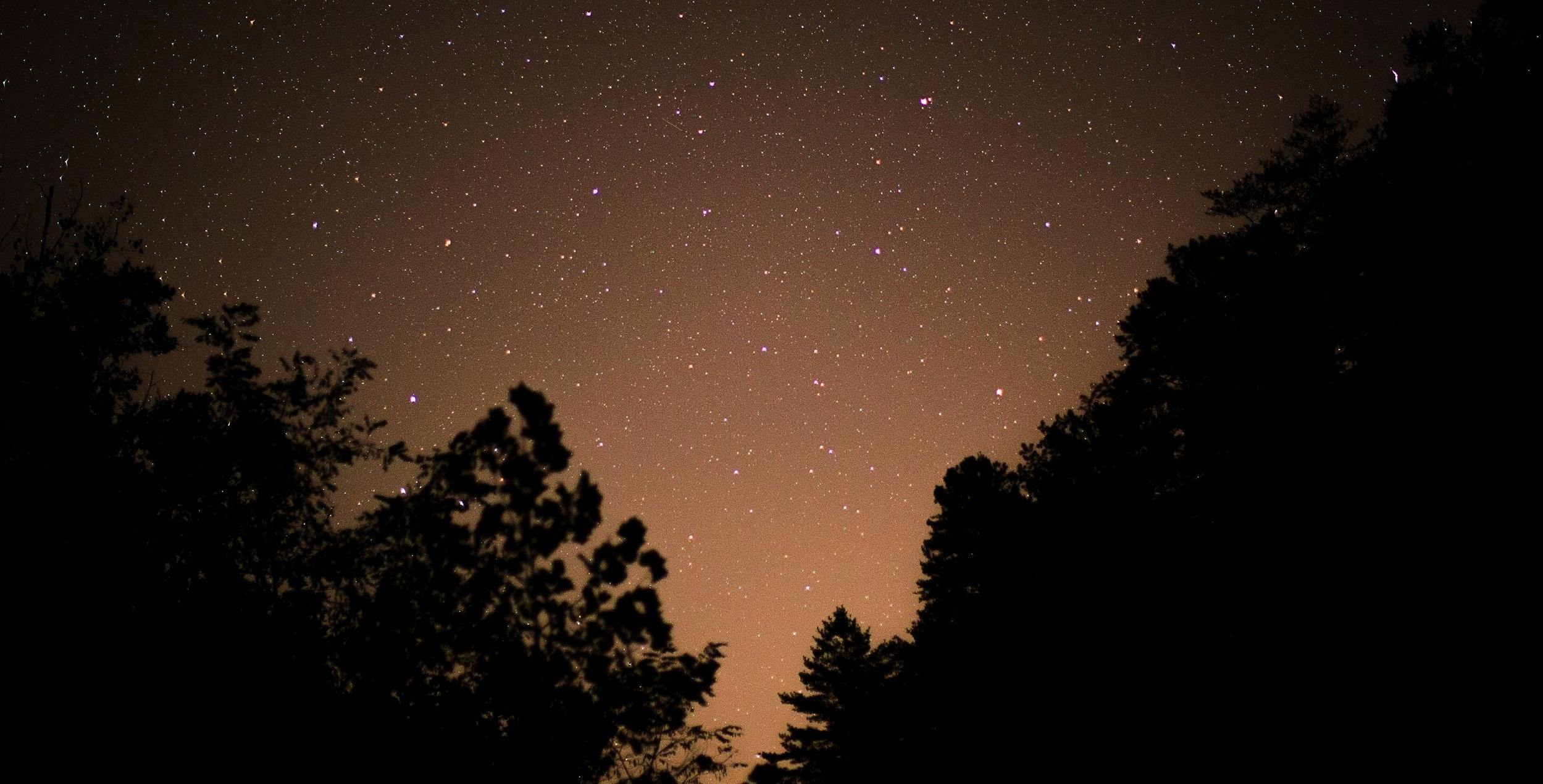 Moonriver+Inn+Stars