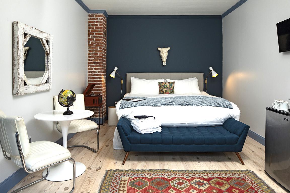 moonriver inn bedroom