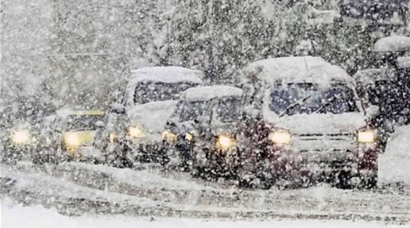 Traffic in Snow1.jpg
