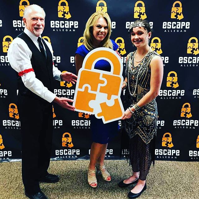 Big thanks to @terrideboer and @woodtv for visiting us this week. Keep an eye out for Escape Allegan to be featured today at 2 p.m. on @eightwest8! 😊  #escaperoom #escapeallegan #woodtv8 #terrideboer #eightwest8 #allegan #smalltownbigdreams #fun #friends #datenight #groups #family #speakeasy #prisonescape #puzzle #mystery #weekend
