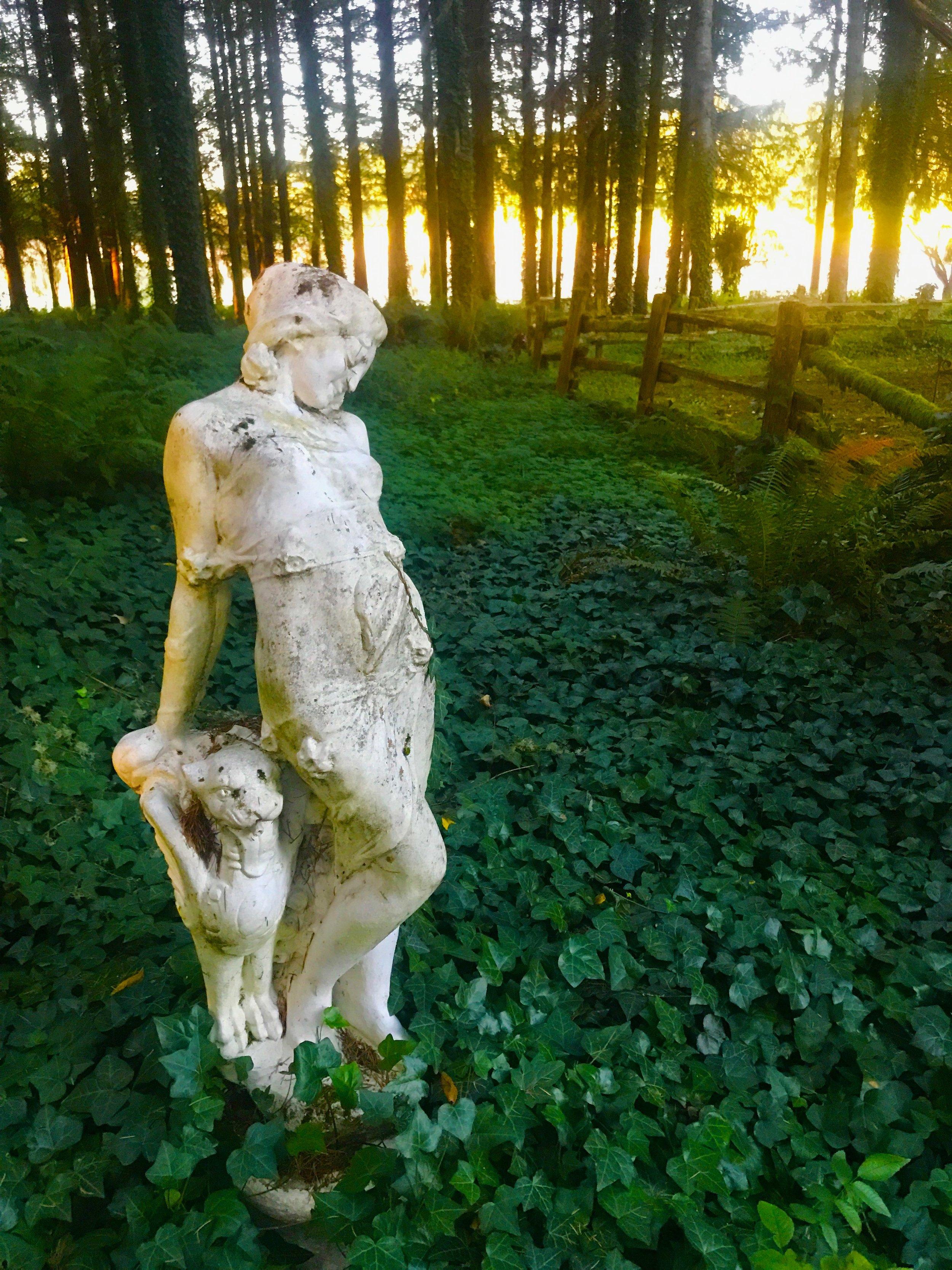 Statuesque.JPG