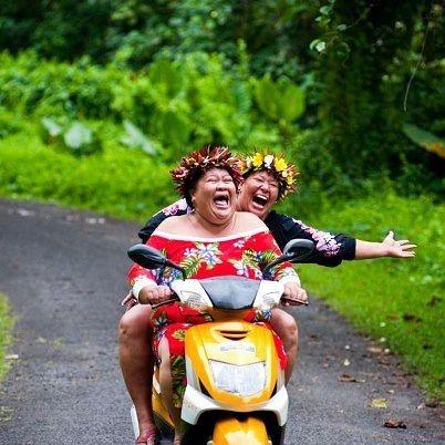 Laugh and have fun! ....... Photo courtesy of Inspired by Charm ........... #changeyoursmile #prettyteeth #thesmilestudio #changeyourlipstick #tylercosmeticdentist #tylertexasdentist #lipstickforsmiles #porcelainveneers #smilemakeover #smilestyler #thesmiledoctor #smilestudio #DoctorCoker #tylersmiledoctor #creatorofbeautifulsmiles