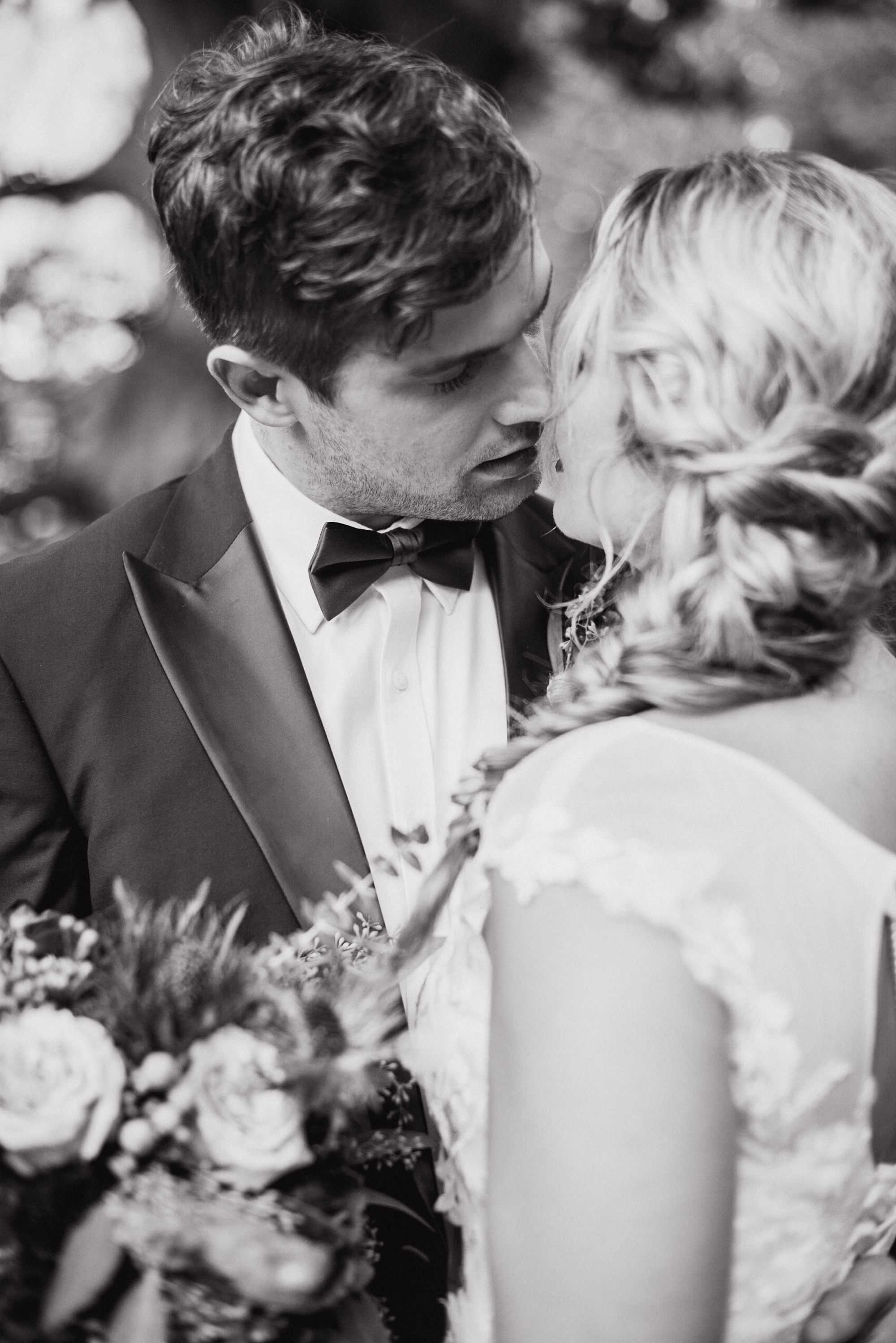 black and white wedding photography beautiful bride and groom wedding dress under $1000