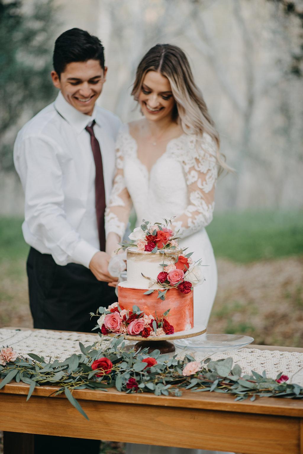 gorgeous long sleeve lace wedding boho gown under $1000