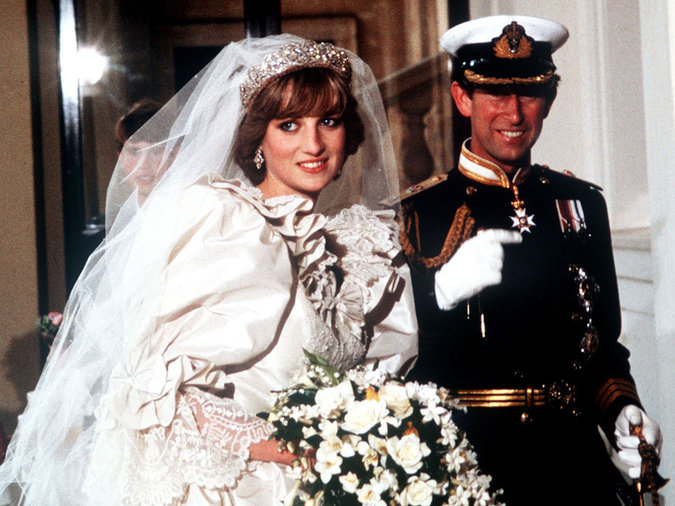 royal-wedding-food-diana-charles-FT-201104.jpg