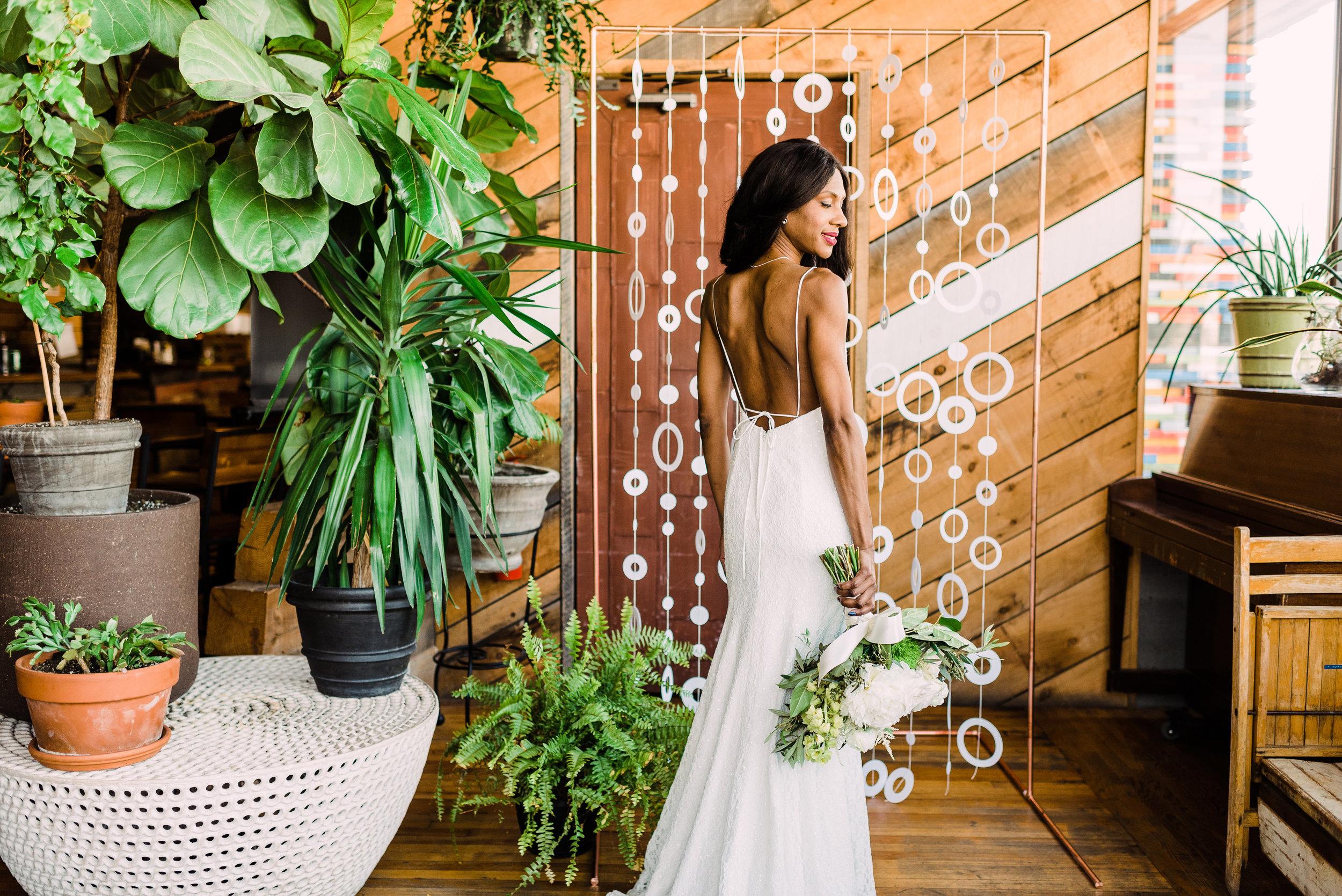 gorgeous back wedding dress summer wedding gown under $1000