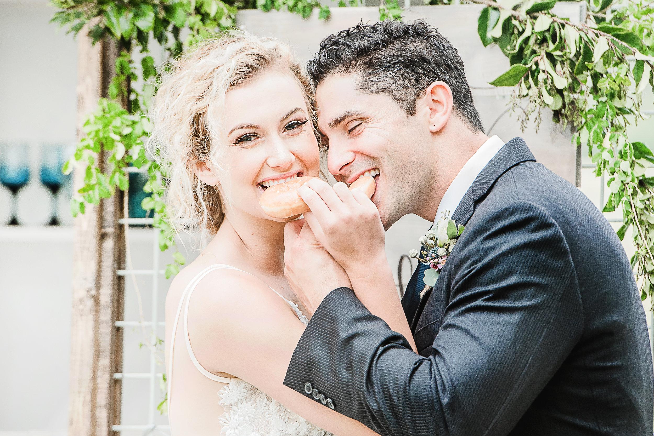 fun wedding photo inspiration natural hair and makeup for wedding bridal makeup