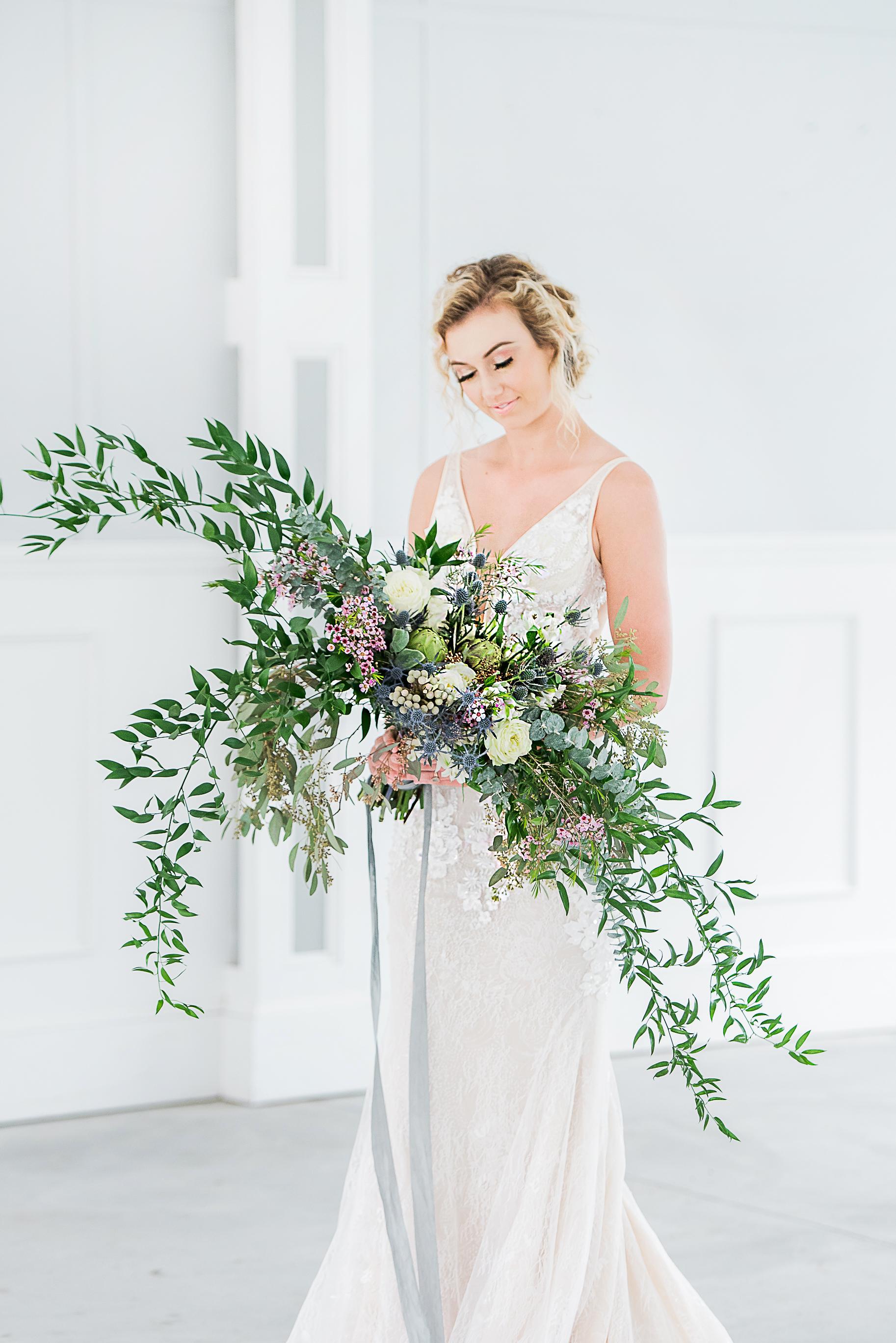 big cascade bouquet wide seasonal flower bouquet modern bouquet for modern bride mermaid fit court train wedding gown