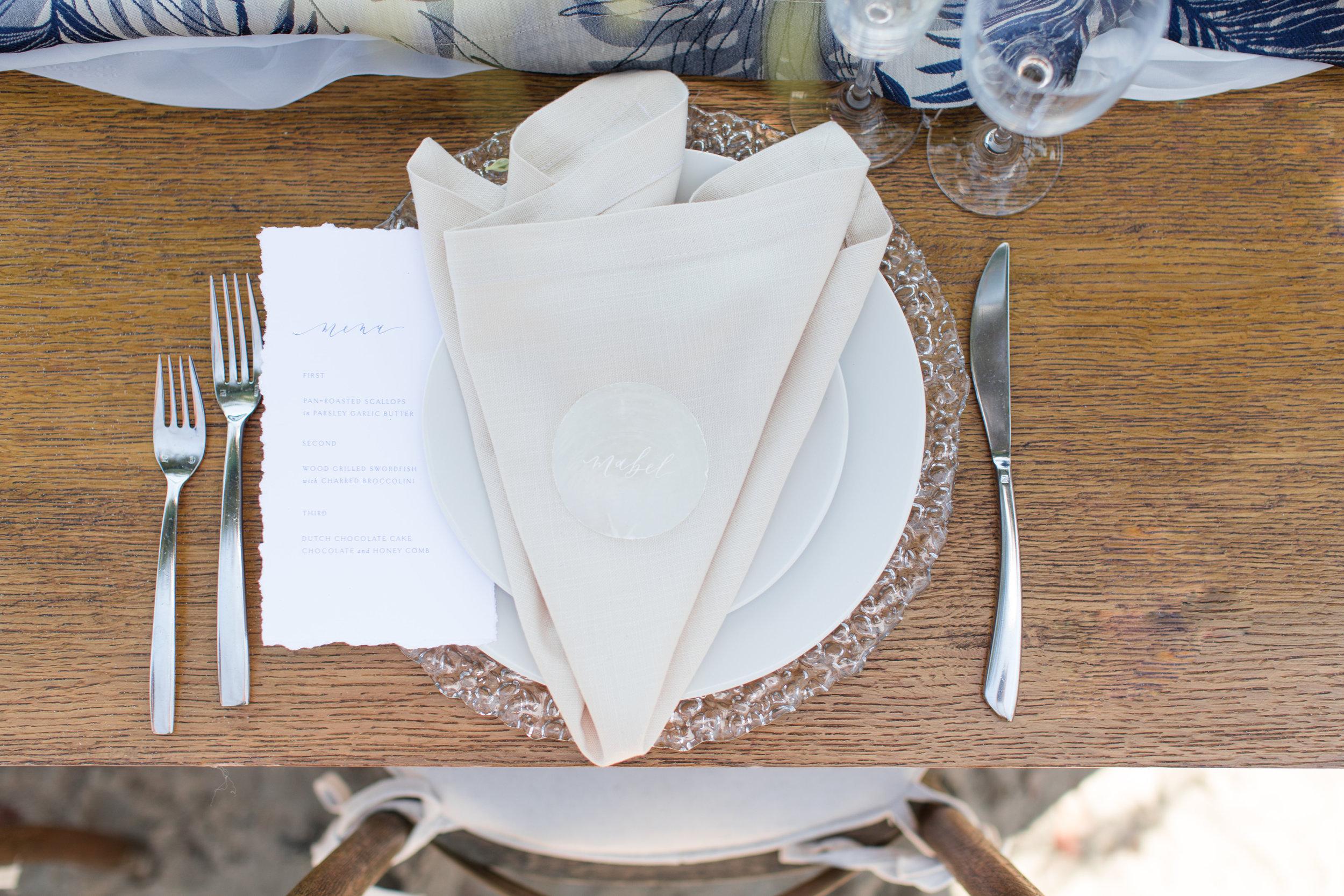 simple modern table set