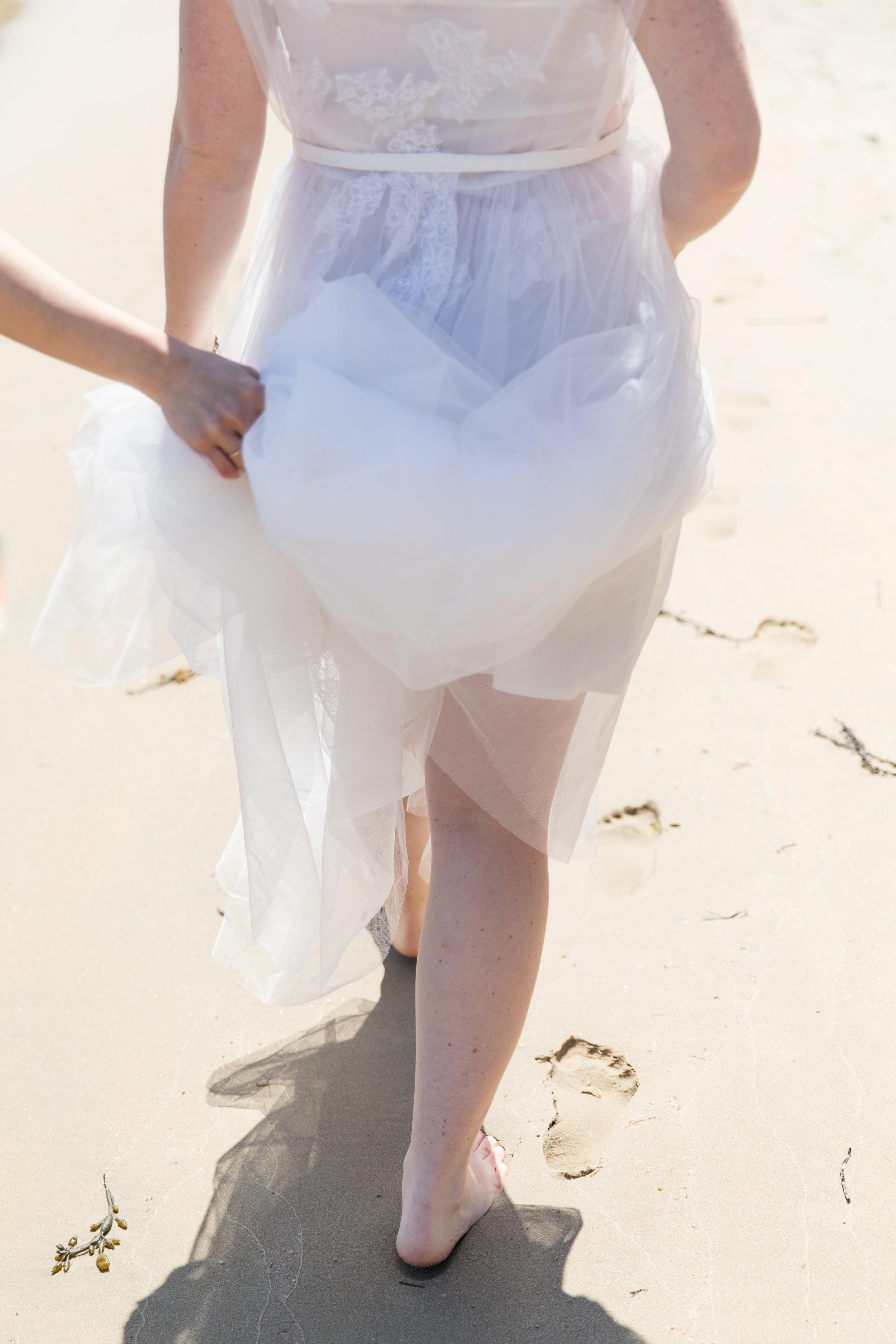 light summer wedding dress for beach weddings under $500