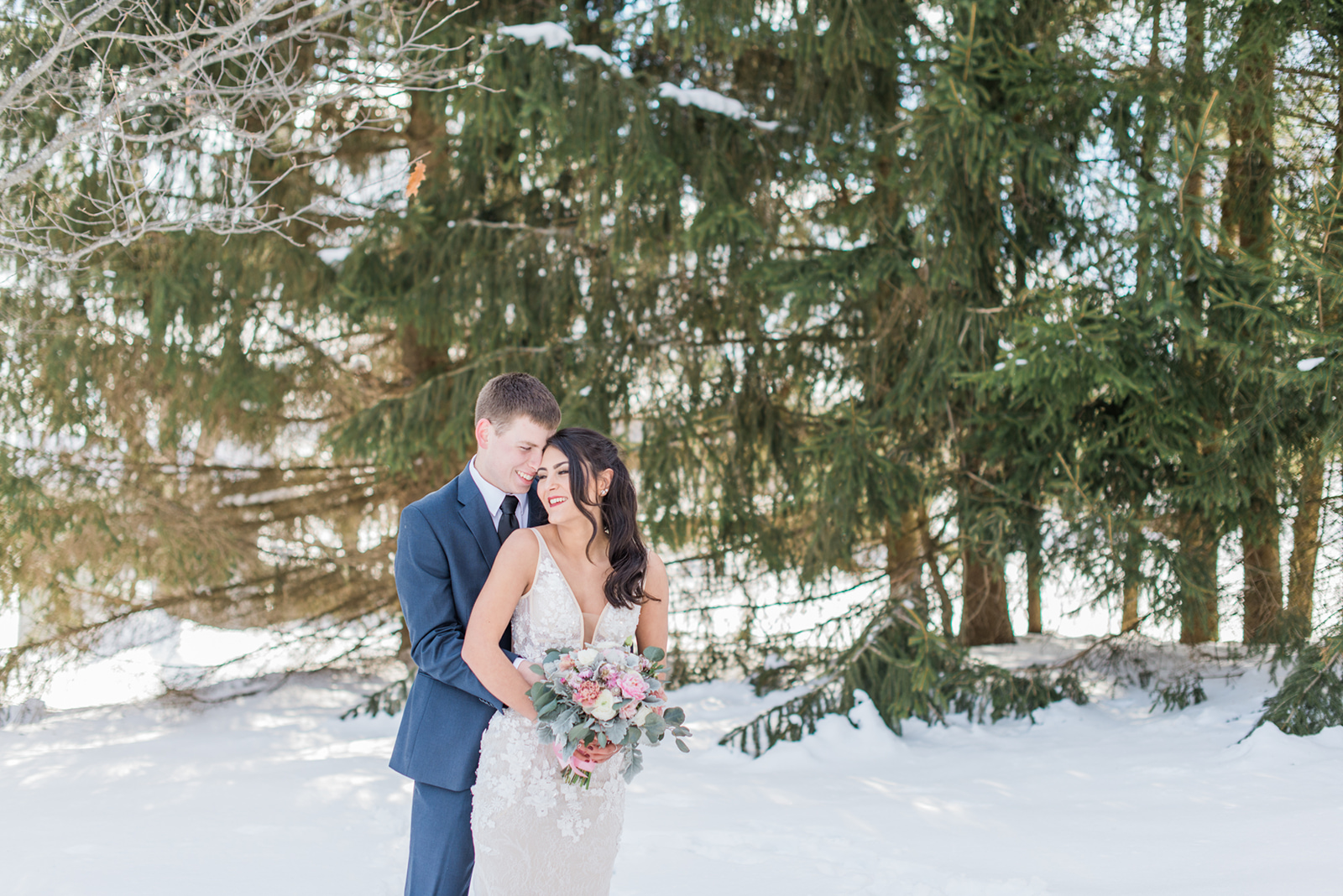 couple wedding photo outdoor winter photo