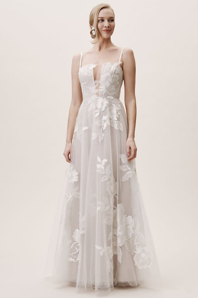 https://www.bhldn.com/shop-the-bride-wedding-dresses/hutchinson-gown/productoptionids/fbcaeb8b-b90b-4e9a-9313-32da085940dd