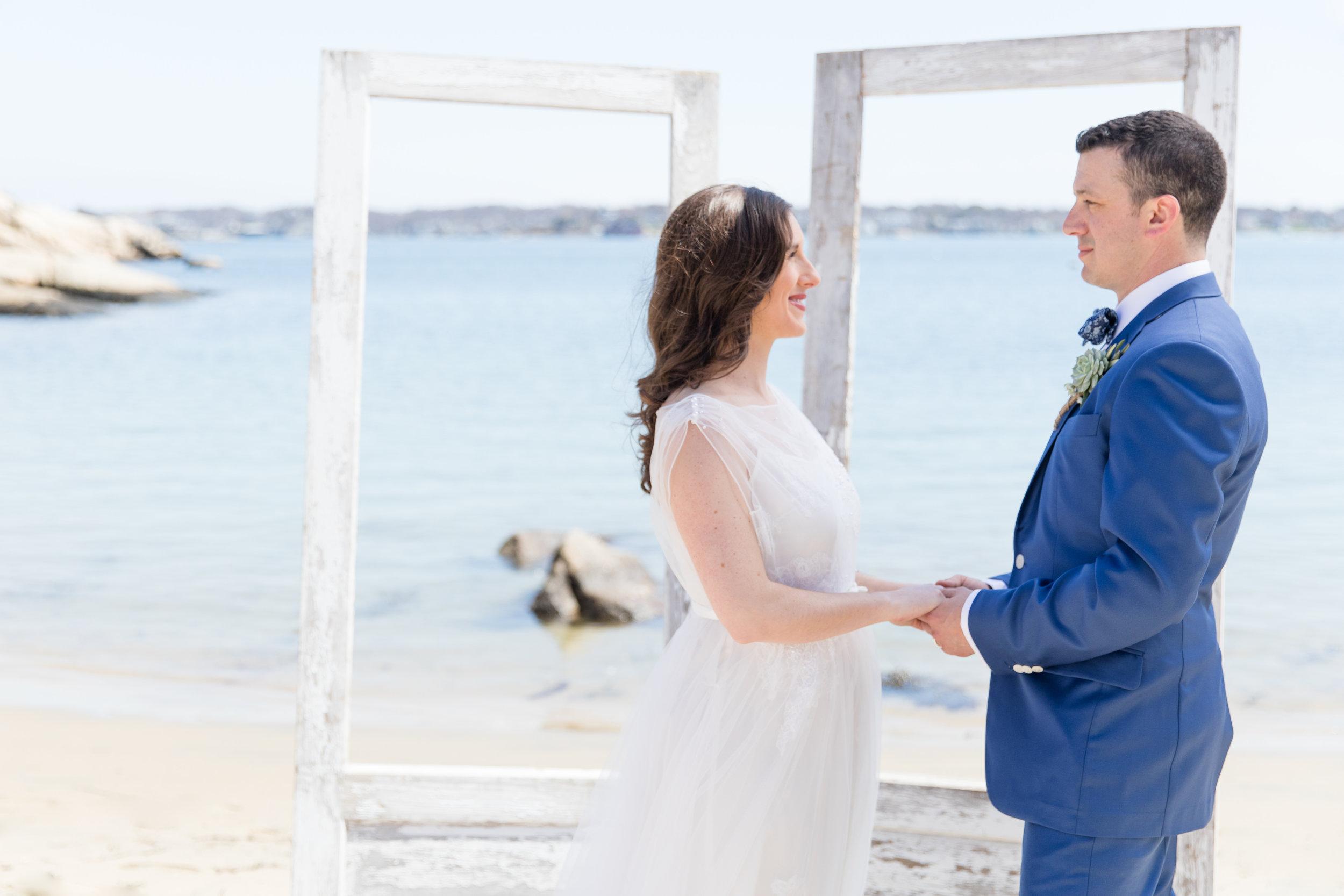 gloucester-ma-halfmoon-beach-elopement-4898.jpg