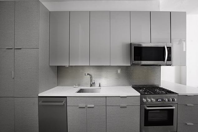 343E51-kitchen2.jpg