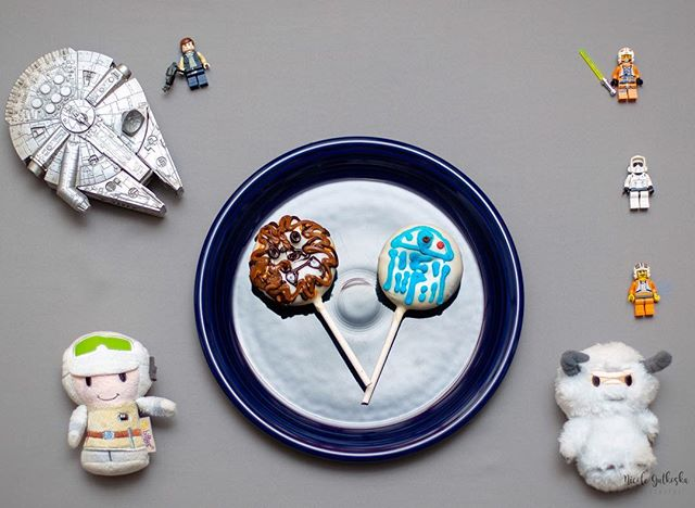 May the 4th be with you! Check out these creative donuts from #munsterdonuts for Star Wars Day. They have the best donuts! Comment your favorite Star Wars movie.