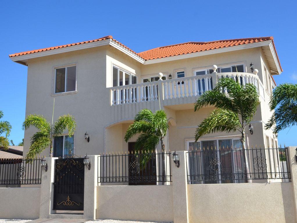 aruba house.jpg