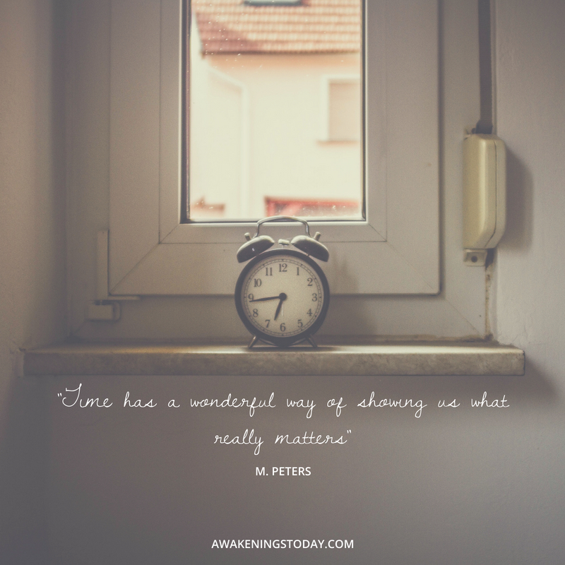 time has a wonderful way of showing us what really matters .jpg