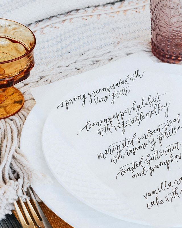 Vellum, macrame table runners, and vintage colored glasses. Sign me up 🙋🏼‍♀️