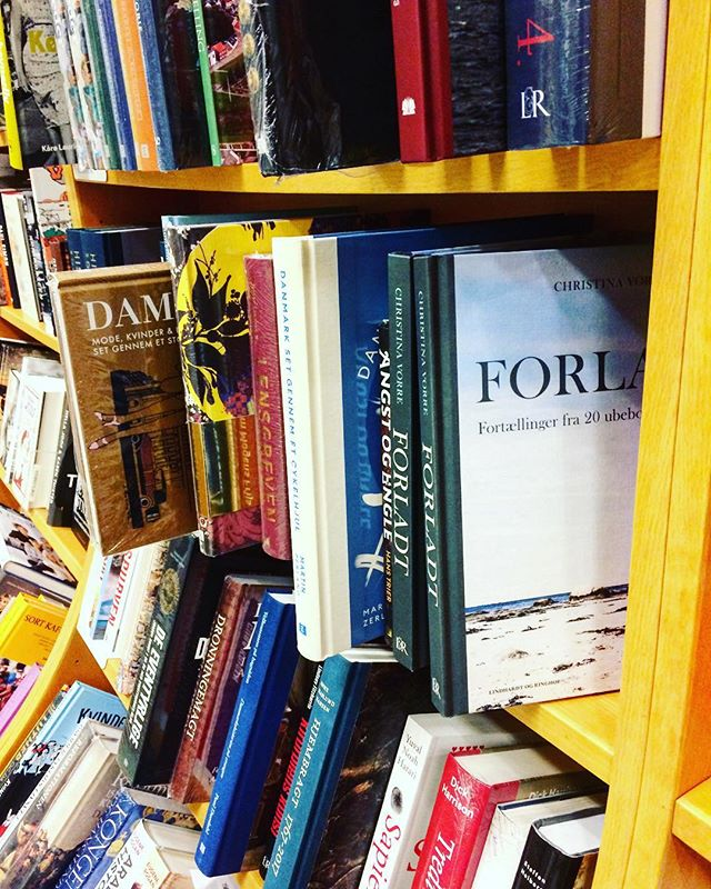 Er ude og købe de sidste julegaver📚📚📚#ubeboetø #forladt #bøgererdebedstegaver @kfmboghandleren