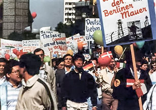 Hyo Jin Moon bravely leads 2,000 marchers on their way from the center of West Berlin to the Wall