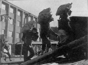 Men working at the Heungnam Labor Camp.