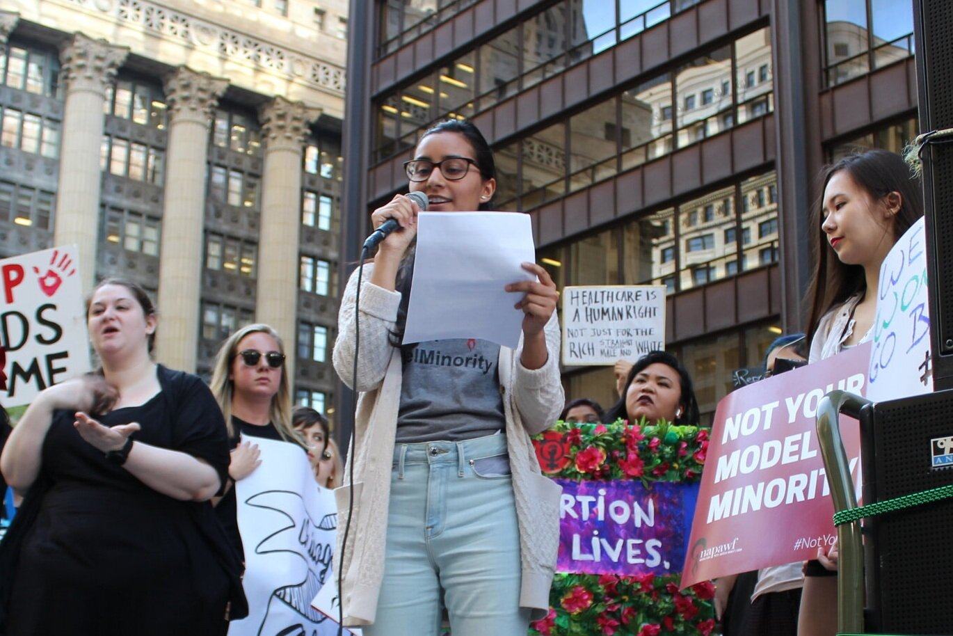 Jaspreet speaks at the Chicago Rally for Reproductive Justice.