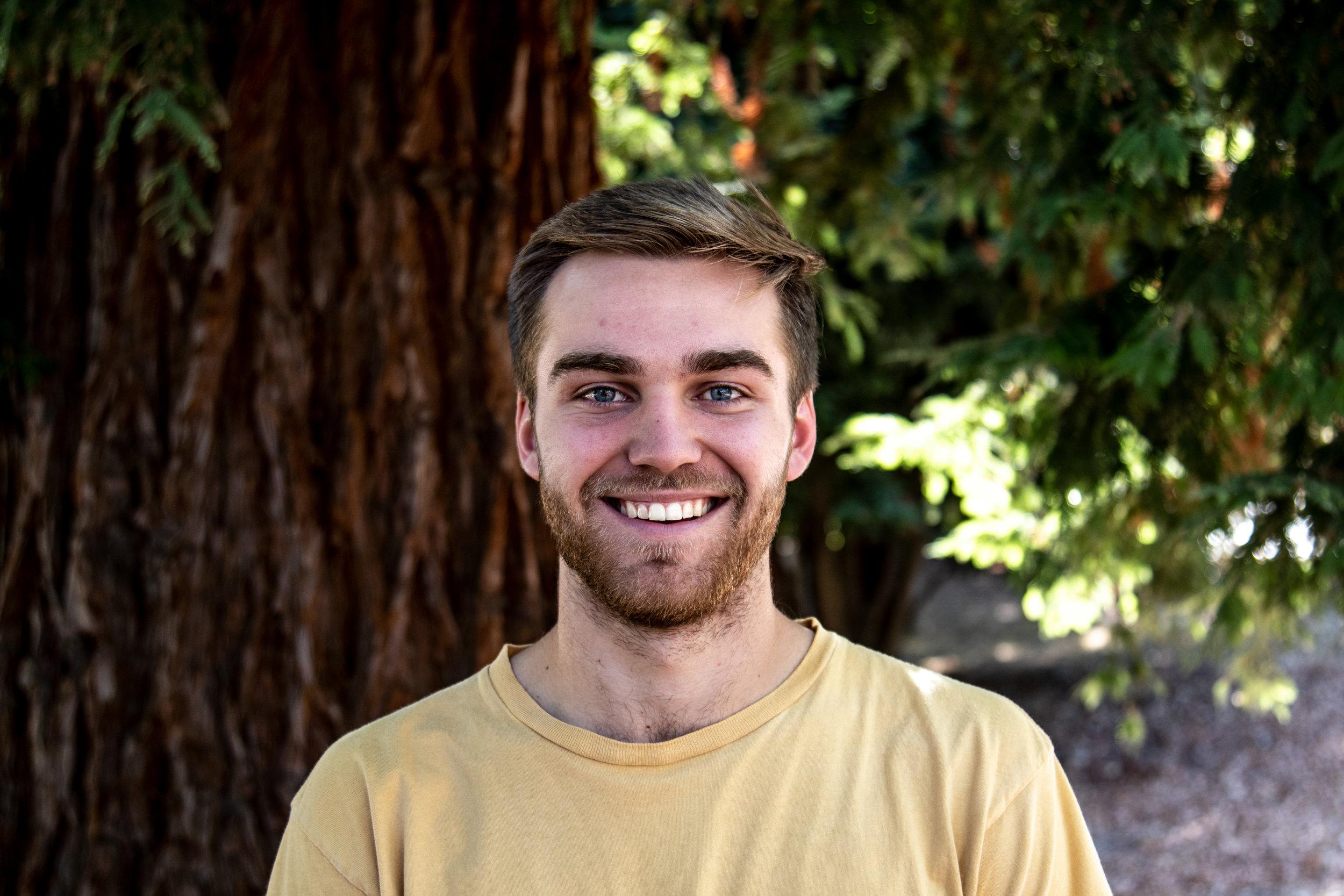 Daniel bigelow - Director of Student Ministries