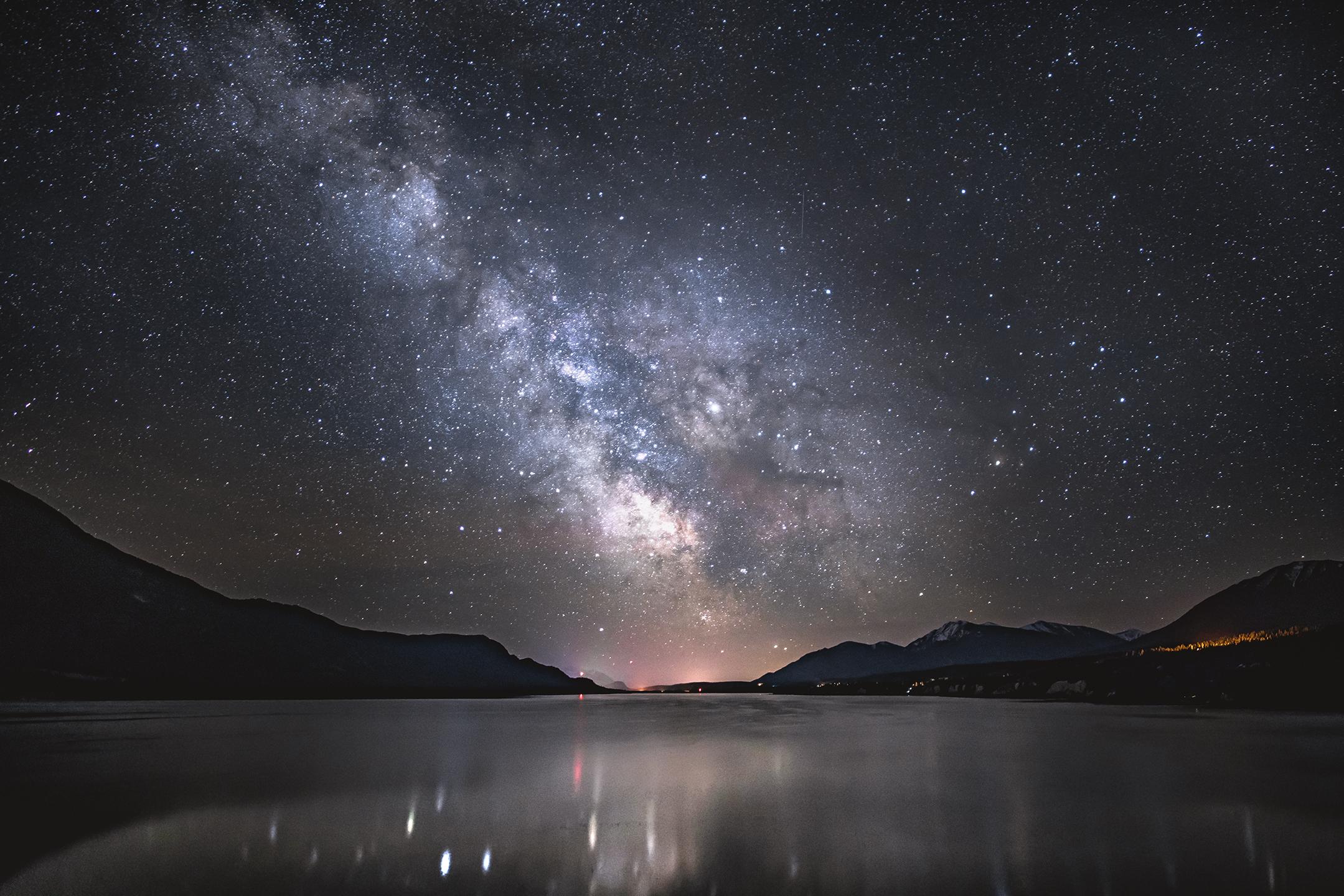 Colombia Lake - Columbia Lake, British Columbia, Canada // Photographer: Jason Wilson // Sony a7R II + Rokinon 24mm f/1.4 // ISO 2000, f/1.4, 15