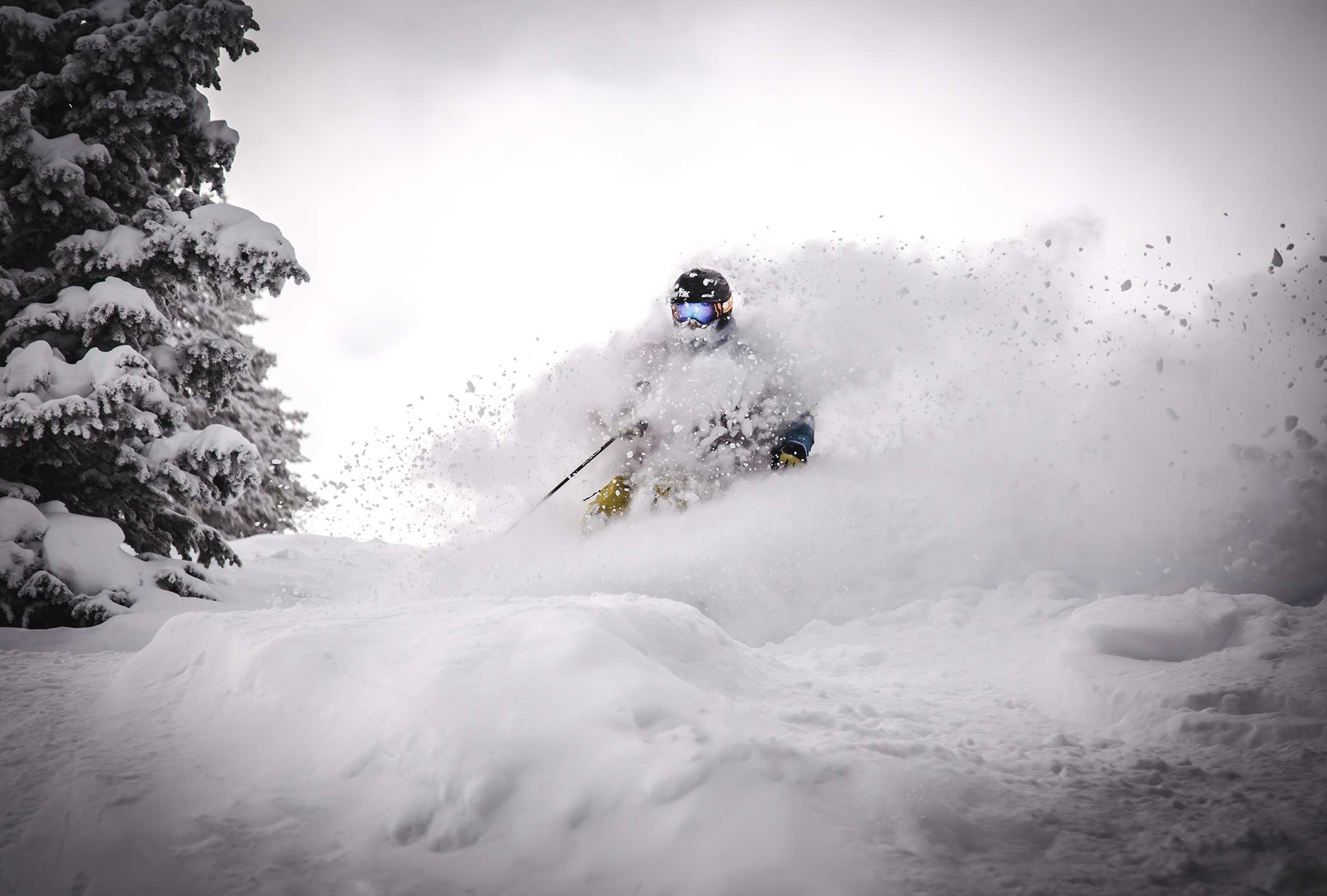Vail Mountain - Vail, Colorado // Skier: Ryan Downing // Photographer: Jason Wilson //Canon 5D Mark III + Canon 24-105mm f/4L // ISO 100, f/4, 1/640