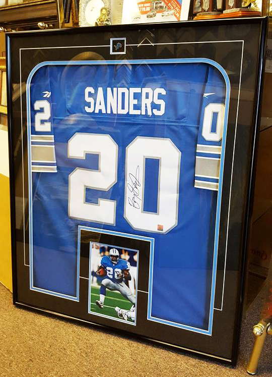 jersey-framing-service-windsor-ontario-picture-this-framing-barry-sanders.jpg