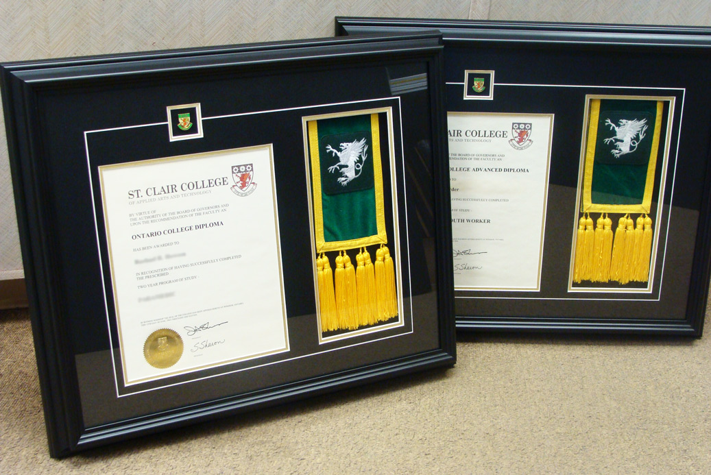 Diploma-framing-service-graduation-frames-windsor-ontario.jpg