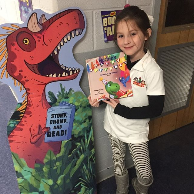 Fun fact: Dinosaurs love to read! 🦕📙