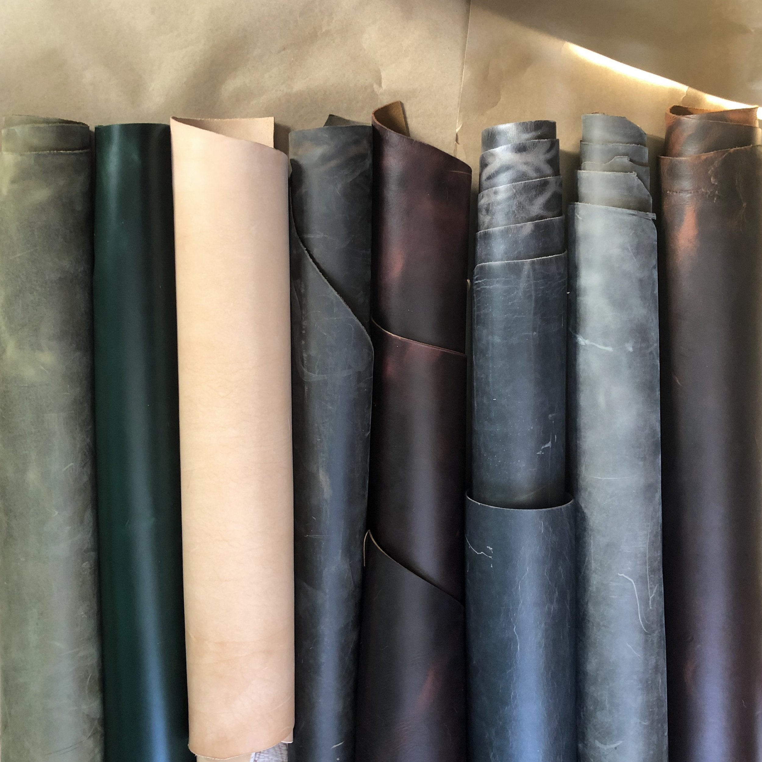 Moss Green Catawampous, York Green Golf, Natural Veg-tan, Tan Crazy Horse, Black Cherry, The Wilde Moon, Brushed Nickel Catawampous.