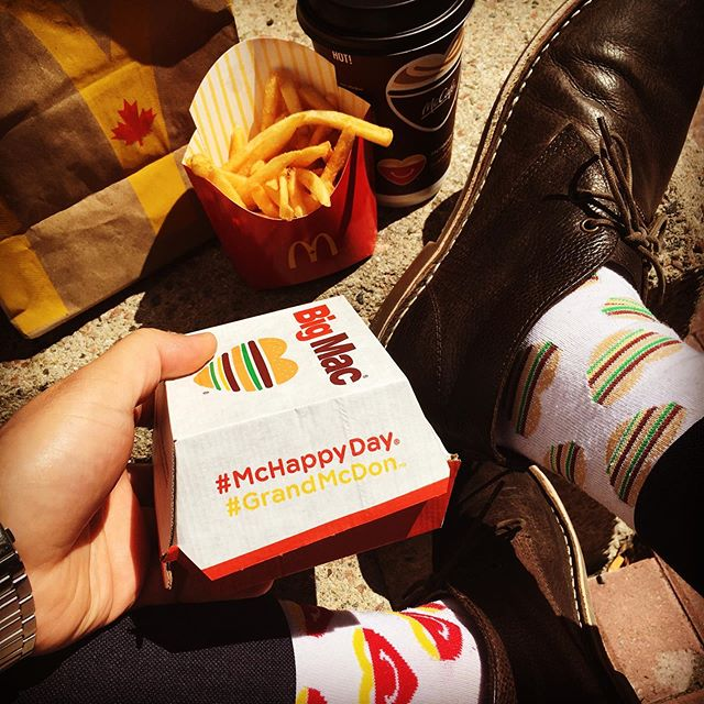 Picked up a Big Mac🍔for lunch because it's #mchappyday 😃Visit your local @mcdonalds & support families across 🇨🇦 through children's charities like @rmhccanada . Make a donation today & get a cool pair of #mchappydaysocks 🧦 with your 🍟🍔🍟‬