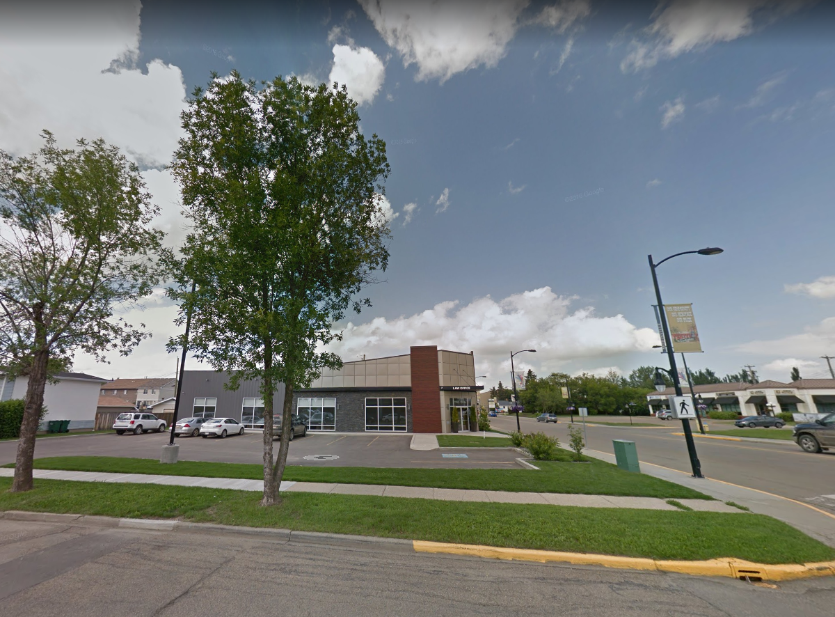 Morinville Office Building  Located on 9702 - 100 Street, Morinville AB.  A high end law office building.
