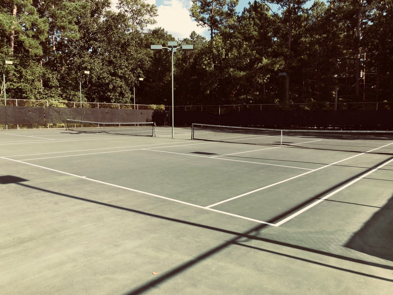 Members have access to tennis 24/7!