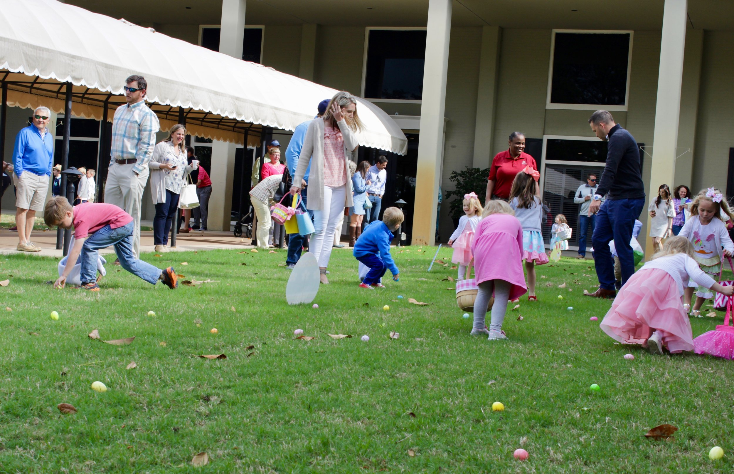 Easter Egg Hunt on the front lawn!