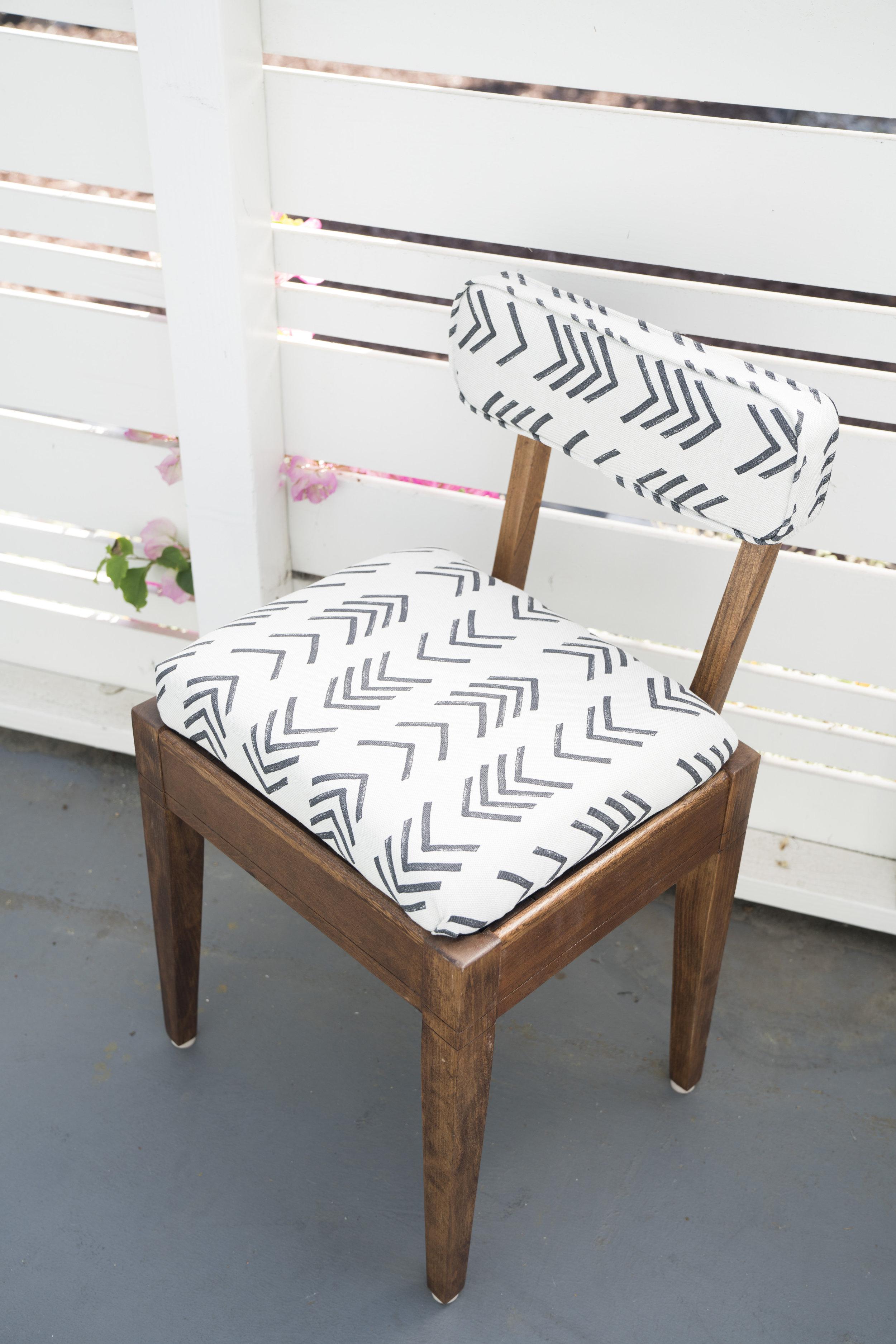 Finnegan storage chair