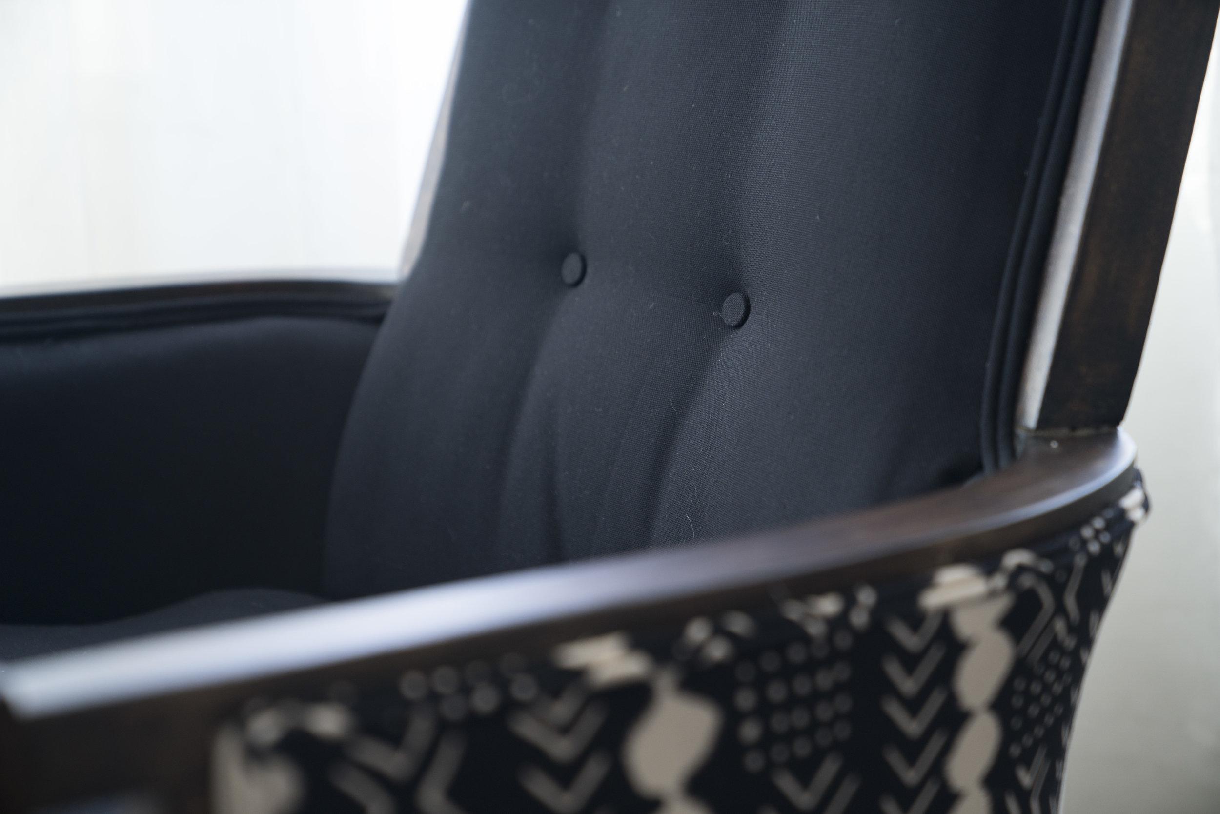 Pebbles armchair detail