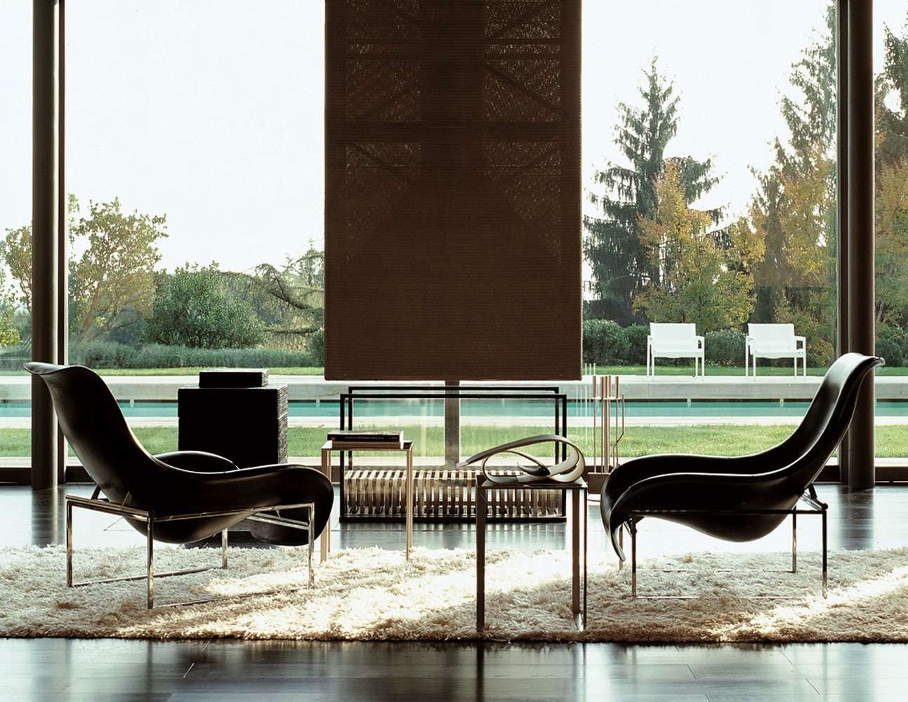 - A product with a strong personality, Mart has a silhouette imprinted to convey the idea of relaxation.