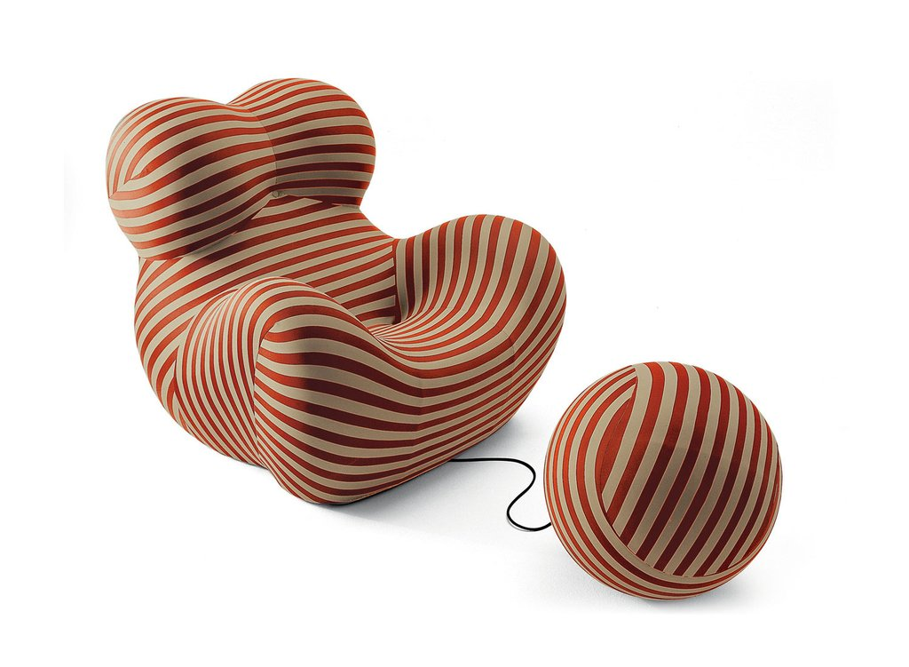 Serie Up 2000 designed by Gaetano Pesce in 1969