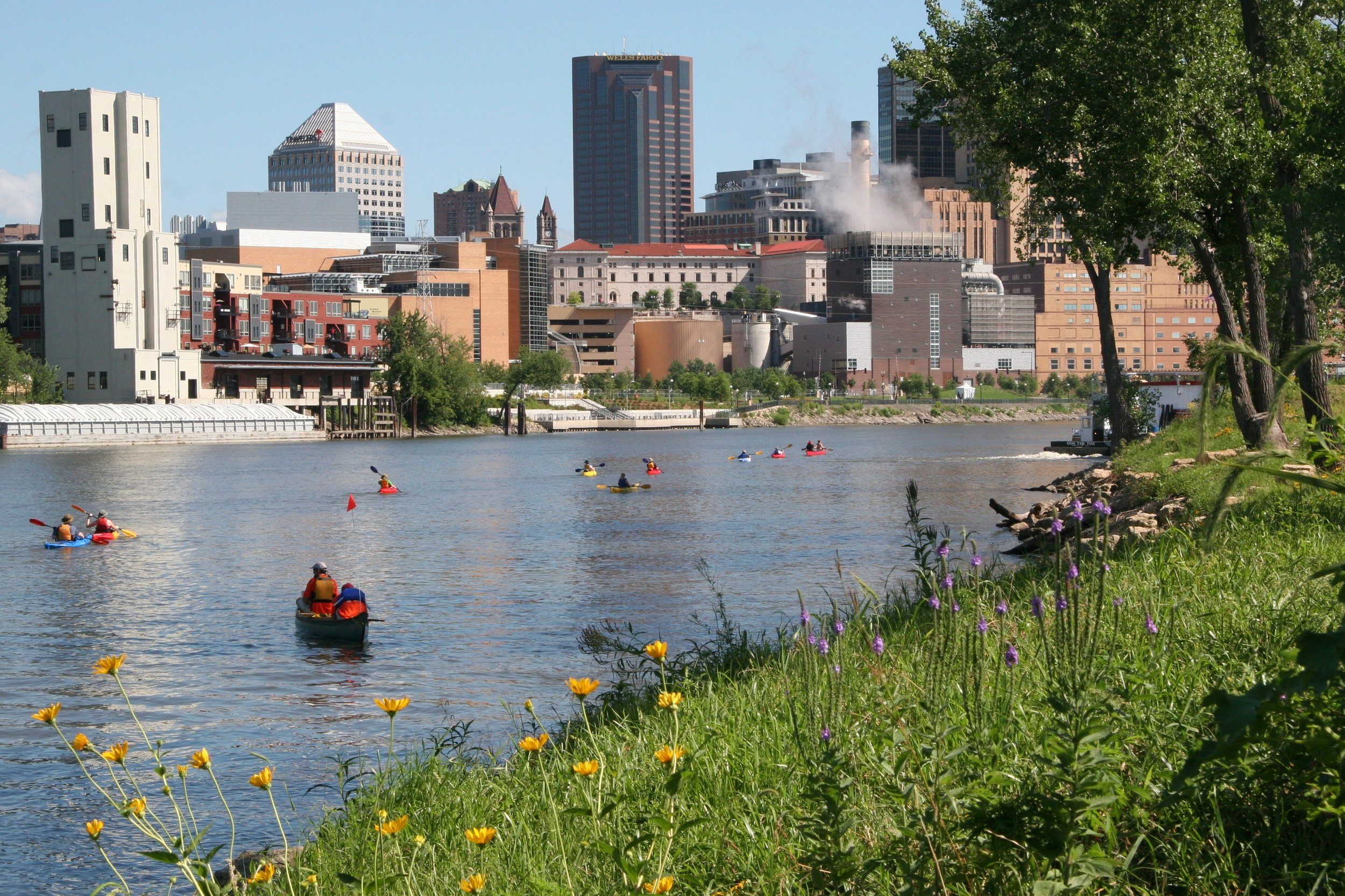 kayaking near st paul.JPG