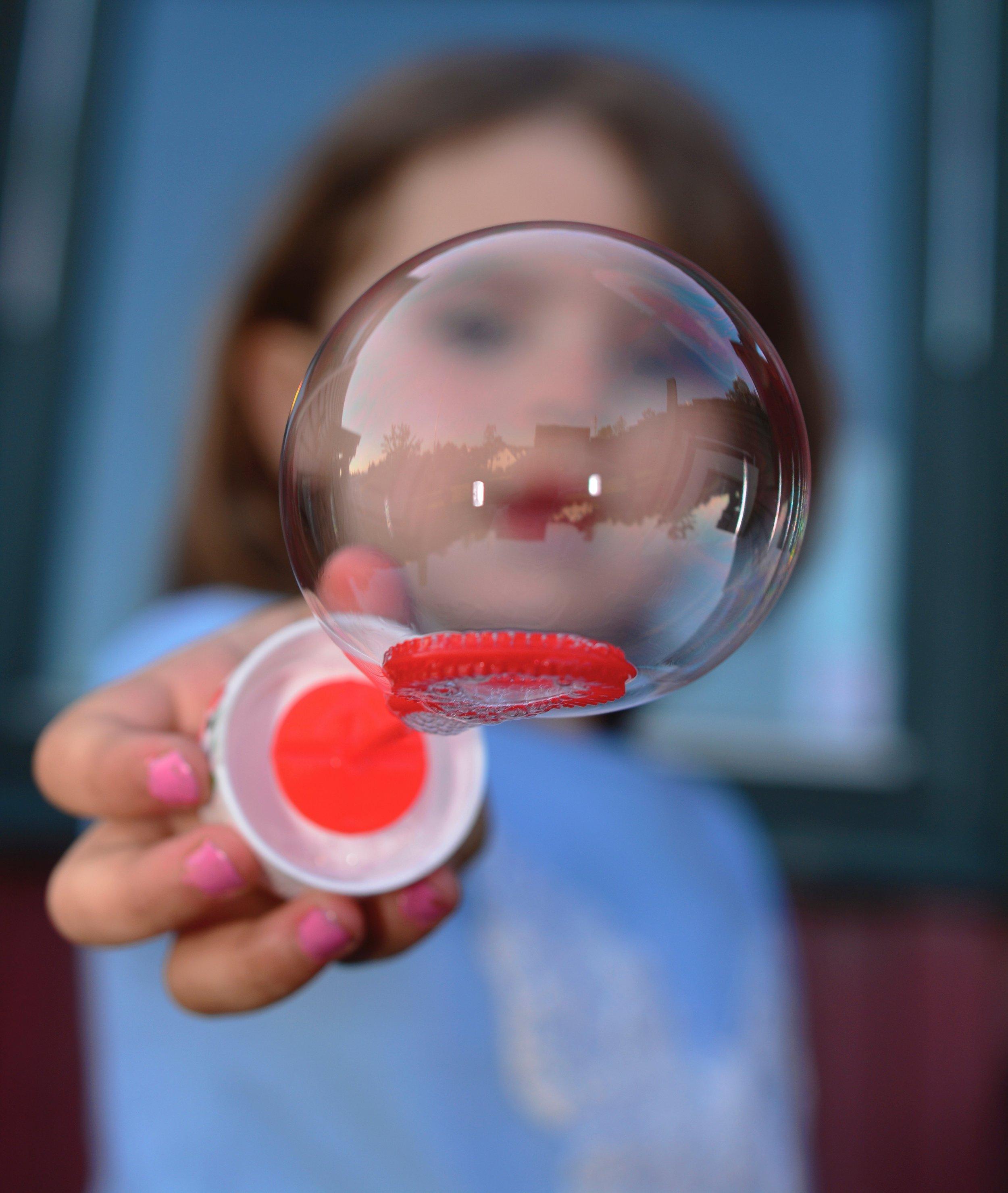 adorable-blur-bubble-218833.jpg