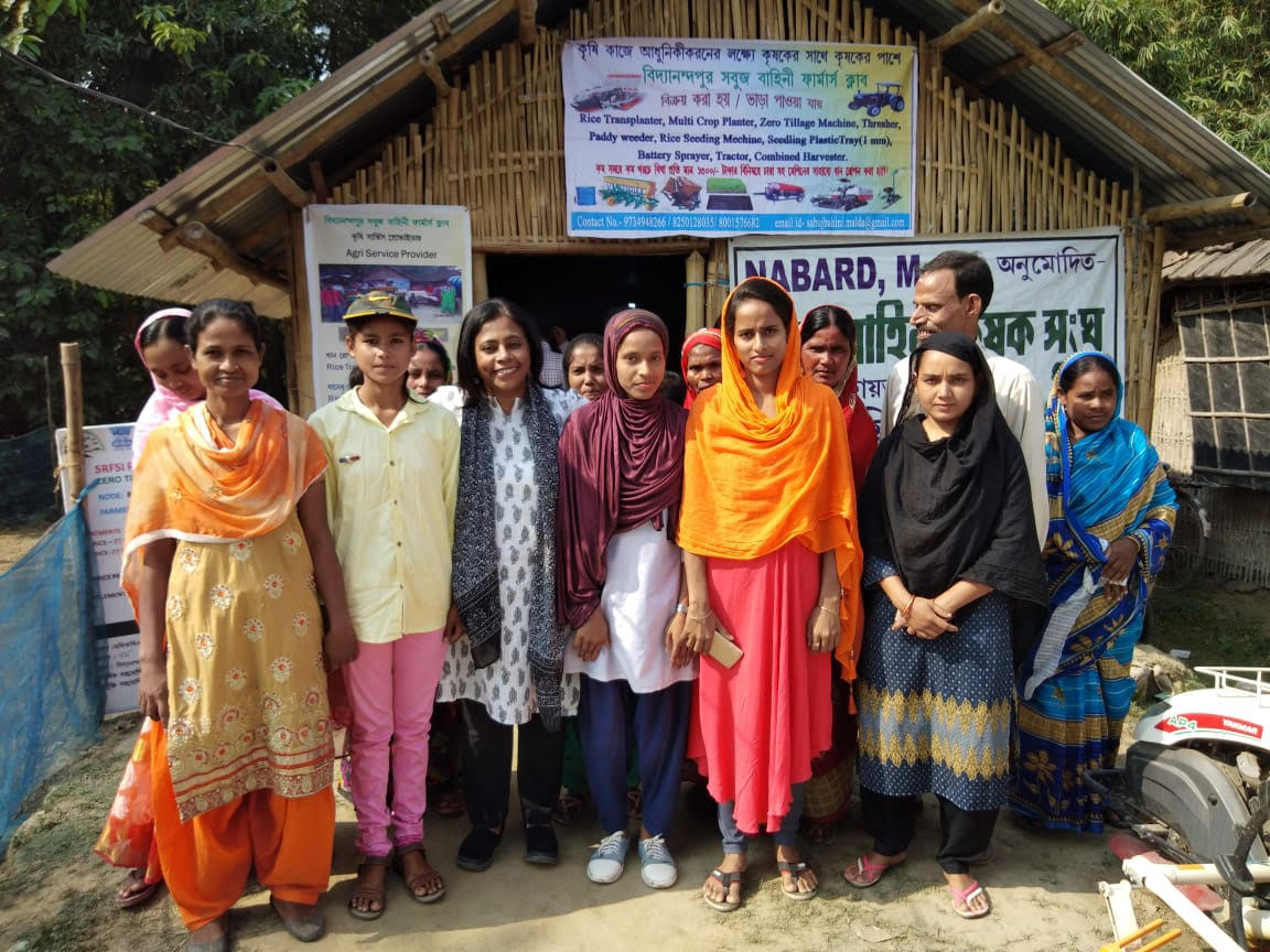 Dr Kuhu Chatterjee (left of centre) with farmers at the BSBC Farmers Club in Malda, West Bengal.