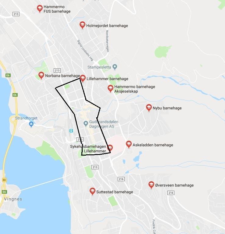 Kartutsnittet viser de 10 involverte barnehagene i Lillehammer sentrum, samt indikerer den svarte linjen hvilket område det skal graves i.