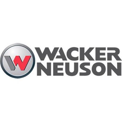 Wacker Neuson stiller med gravemaskin på basismøtene.